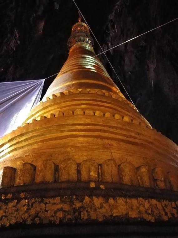Golden Pagoda Pindaya Cave