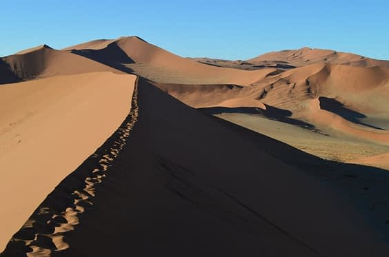 Sossusvlei-Pan-Namibia-1024x677