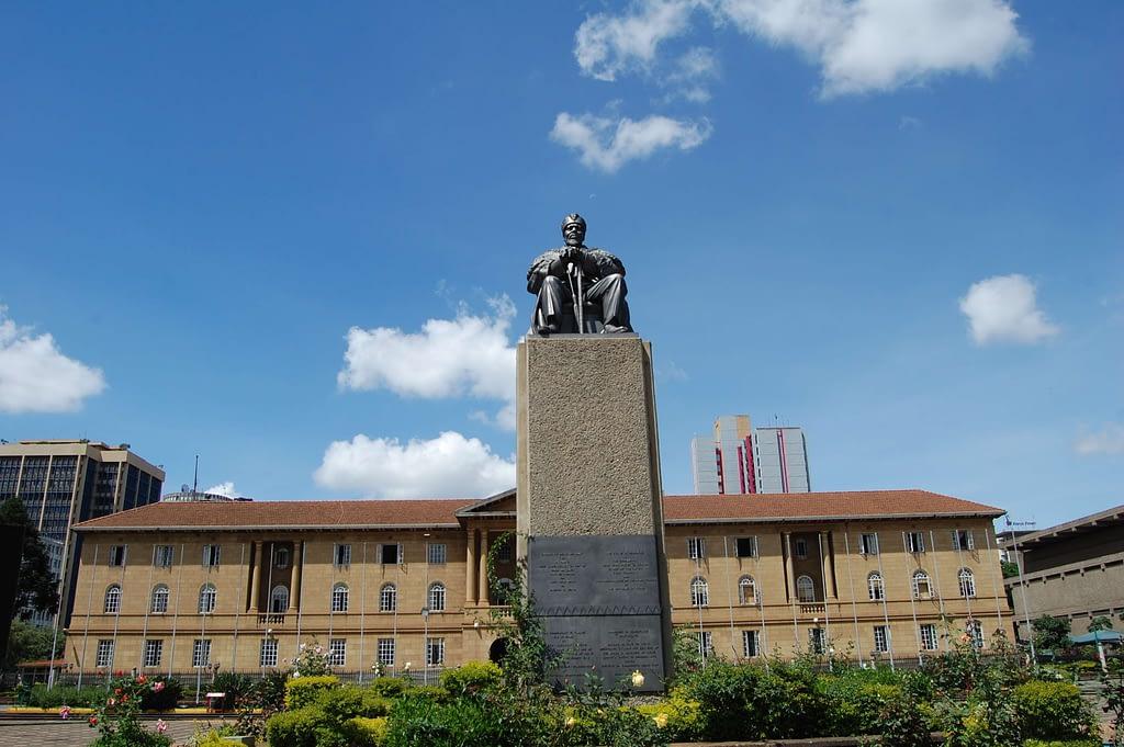 Jomo Kenyatta statue - Nairobi Kenya