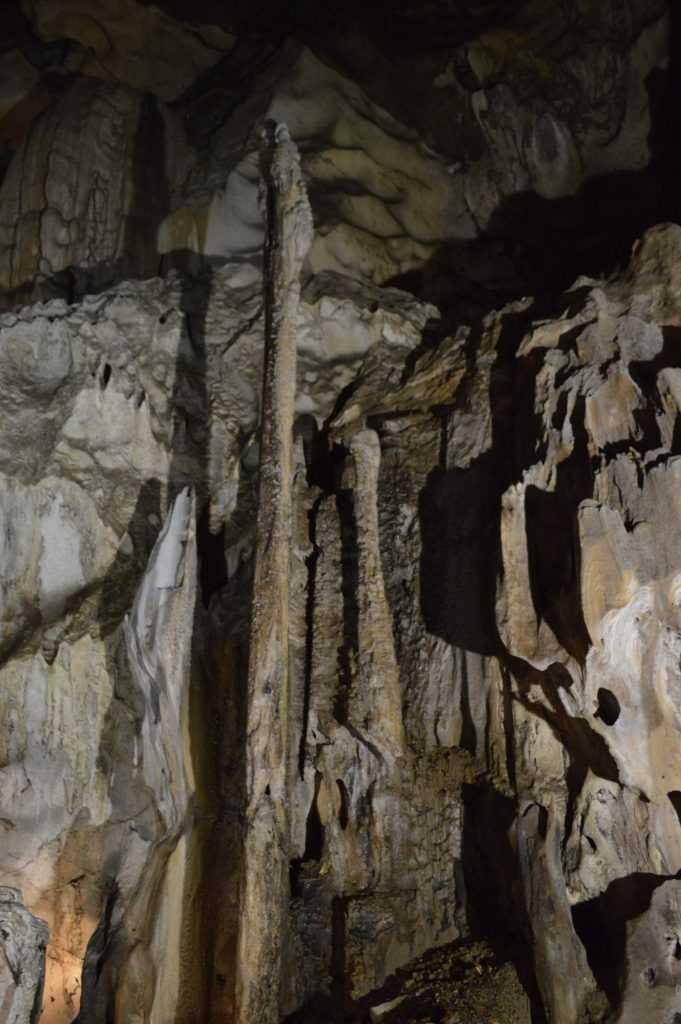 stalagmite formation Gua Tempurung