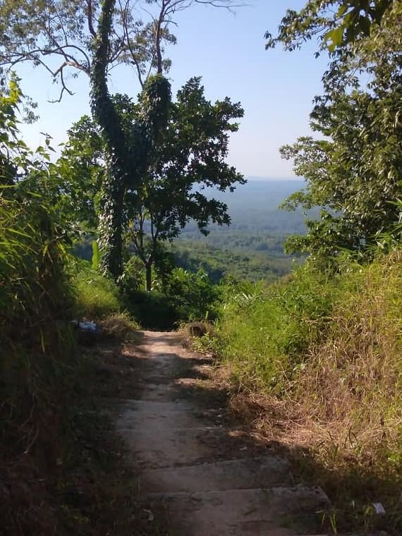 Kyaiktiyo Hiking Trail